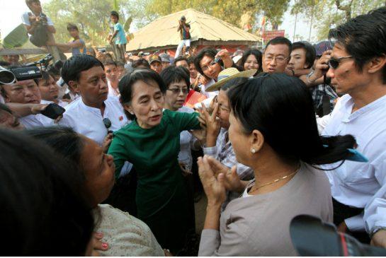 Myanmar's Suu Kyi defends China mine