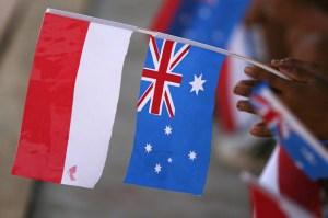 australia-indonesia flags