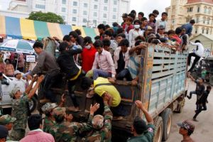 cambodian workers