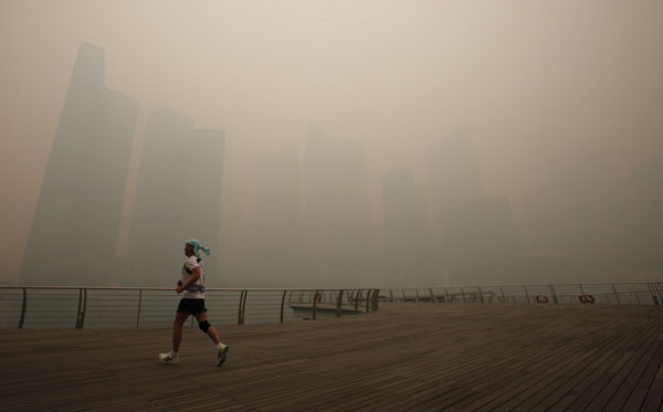 Eight Indonesians arrested as Singapore haze creeps back – Join the discussion