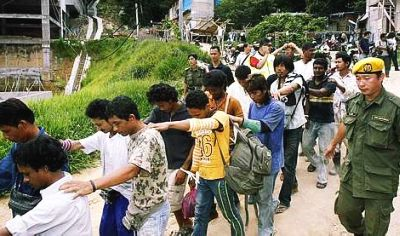 Malaysia to hunt down 500,000 illegal foreigners