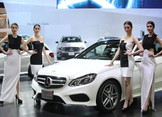Thailand car sales seen plunging 31% in 2014
