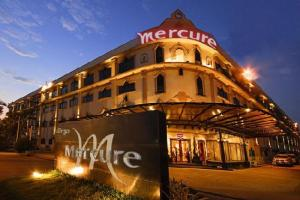 mercure laos