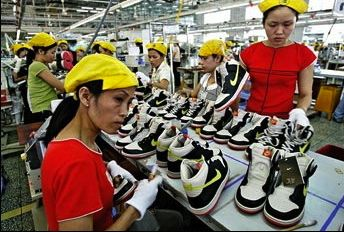 Nike workers denied pay rise in Indonesia