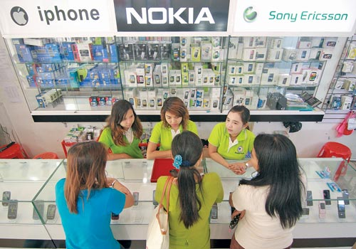 Phone providers in Myanmar reveal price plans