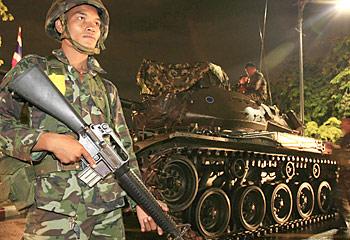 Thai stocks down as Bangkok braces for riots