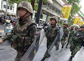 Thailand junta presents economic crisis plan