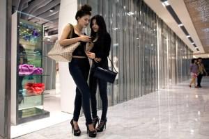 vietnam shopping mall