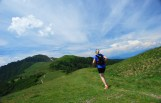 runner heading to Fojorina during lugano scenic trail run