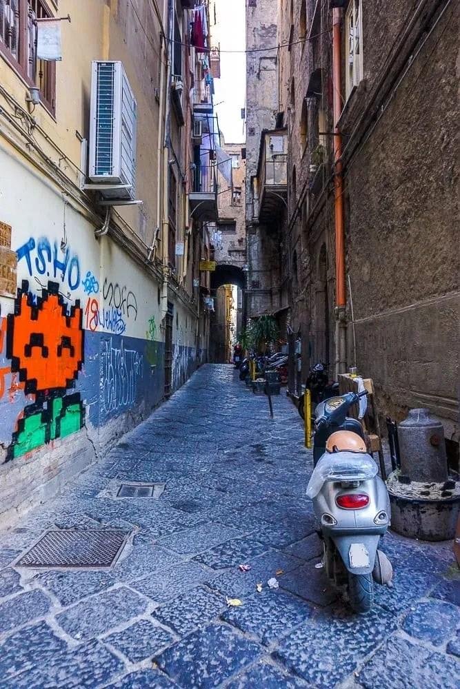 Le vie del Centro Storico di Napoli