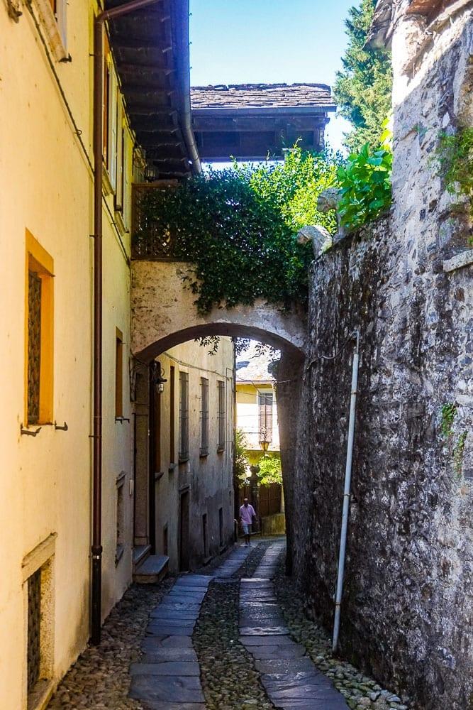 Via del Silenzio San Giulio