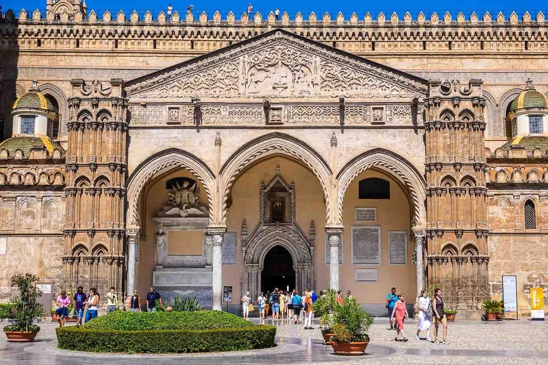 Ingresso Duomo di Palermo
