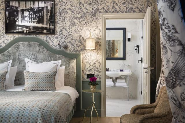 Luxury Hotel Review: Le Saint Hotel, Paris