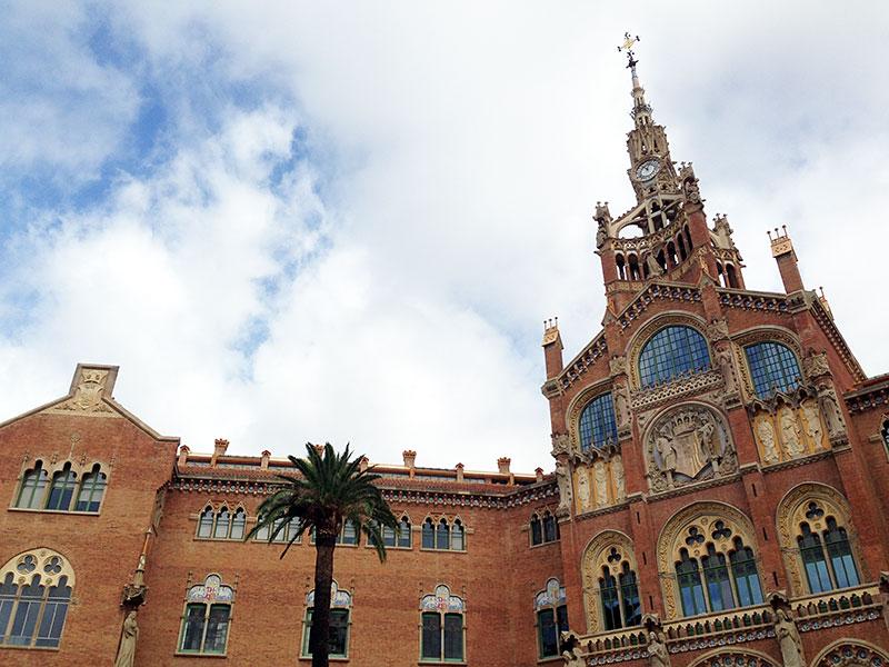 Edificio de la Administración, Hospital Sant Pau
