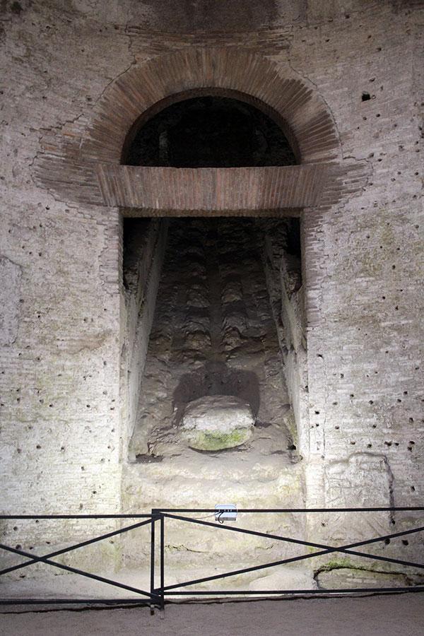 Cascada interior de la Domus Aurea