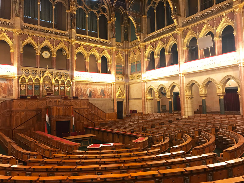 Cámara Alta - Visita el Parlamento de Budapest