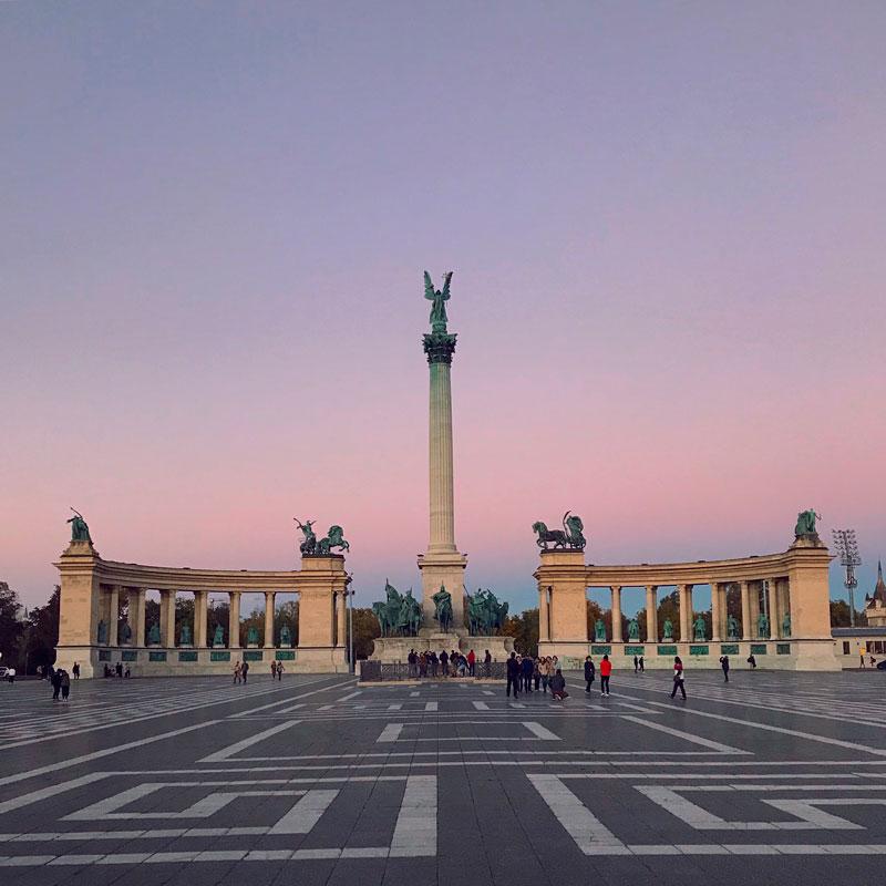 Plaza de los Héroes, qué ver en Budapest.