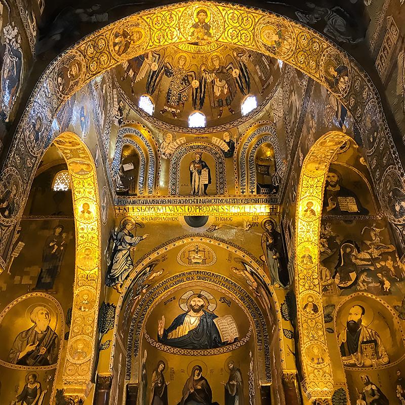 Capilla Palatina Palermo, principal exponente de la ruta por el Palermo árabe-normando y las catedrales de Cefalú y Monreale.