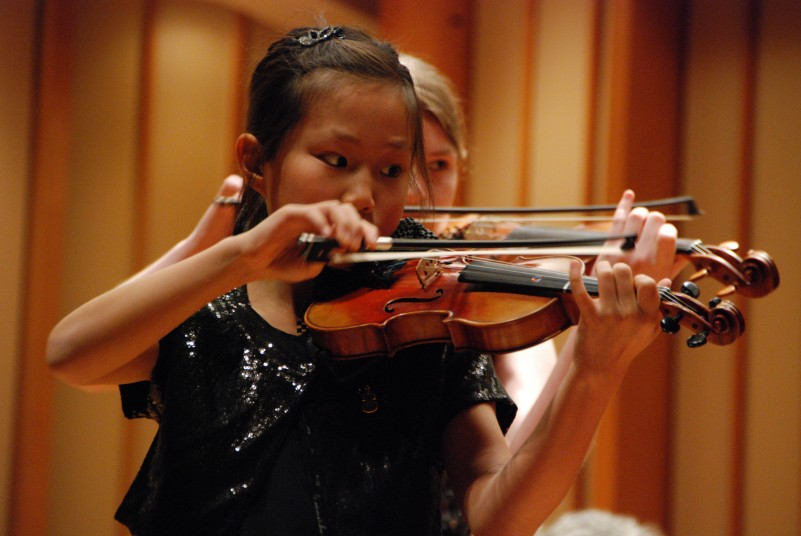 how hard is it to play the violin?