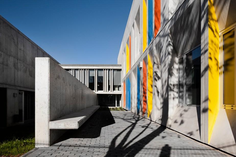braamcamp-freire-school-cvdb-burnay-verissimo-lisboa-invisiblegentleman-©IG044019015