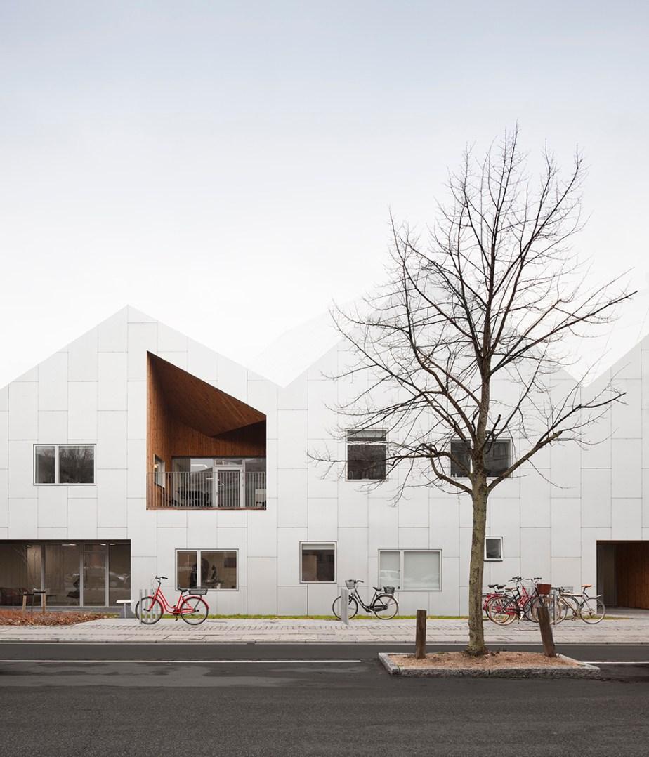 health-care-center-nord-architects-copenhagen-invisiblegentleman-©IG079001015