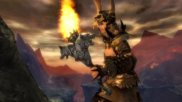 gw2_hot_08-2015_glamour_offhand_torch