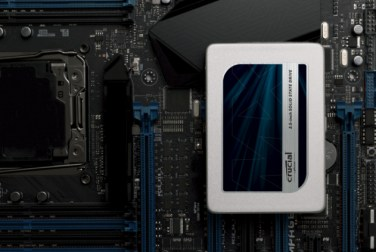 crucial-mx300-25in-ssd-motherboard-2