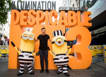 BARNEY_HARWOOD_700071371TF015_Despicable_M
