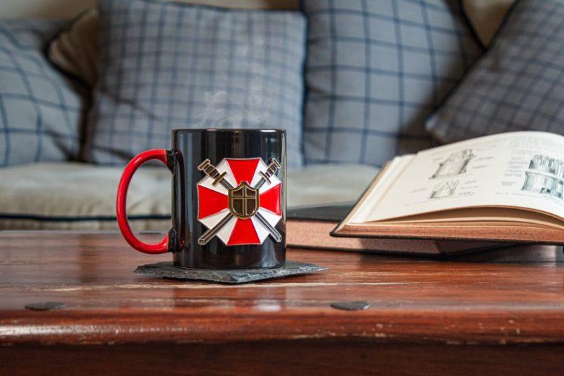 Umbrella-Corps-Mug-Coffee-Table