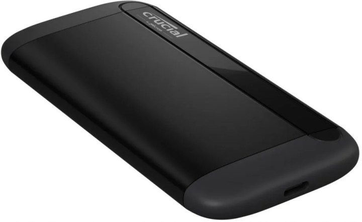 Crucial X8 SSD Left No shadow Dynamic Image