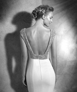 Vestido de novia espalda cuadrada Pronovias