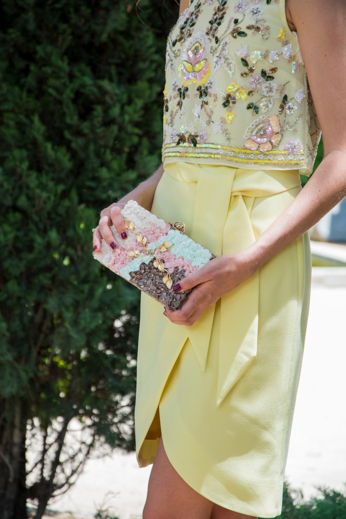 Invitada boda falda y crop top