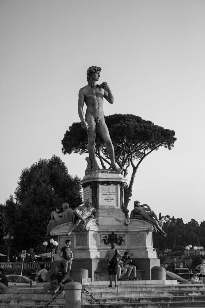 Piazzale Michelangelo en Florencia b