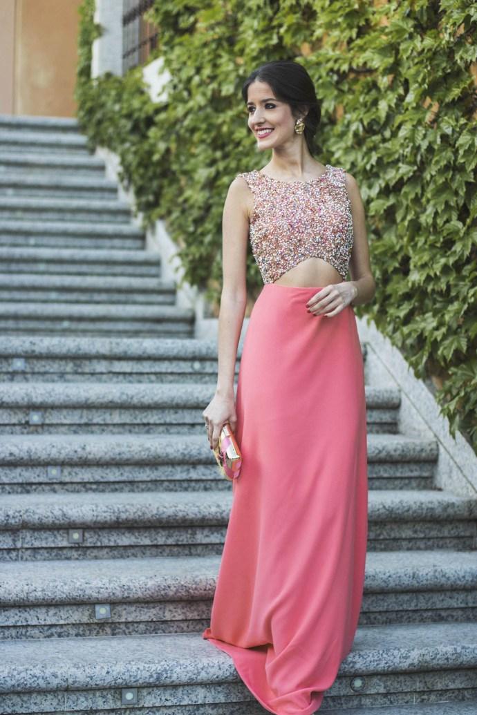 Invitada de largo: el vestido coral | Invitada Perfecta