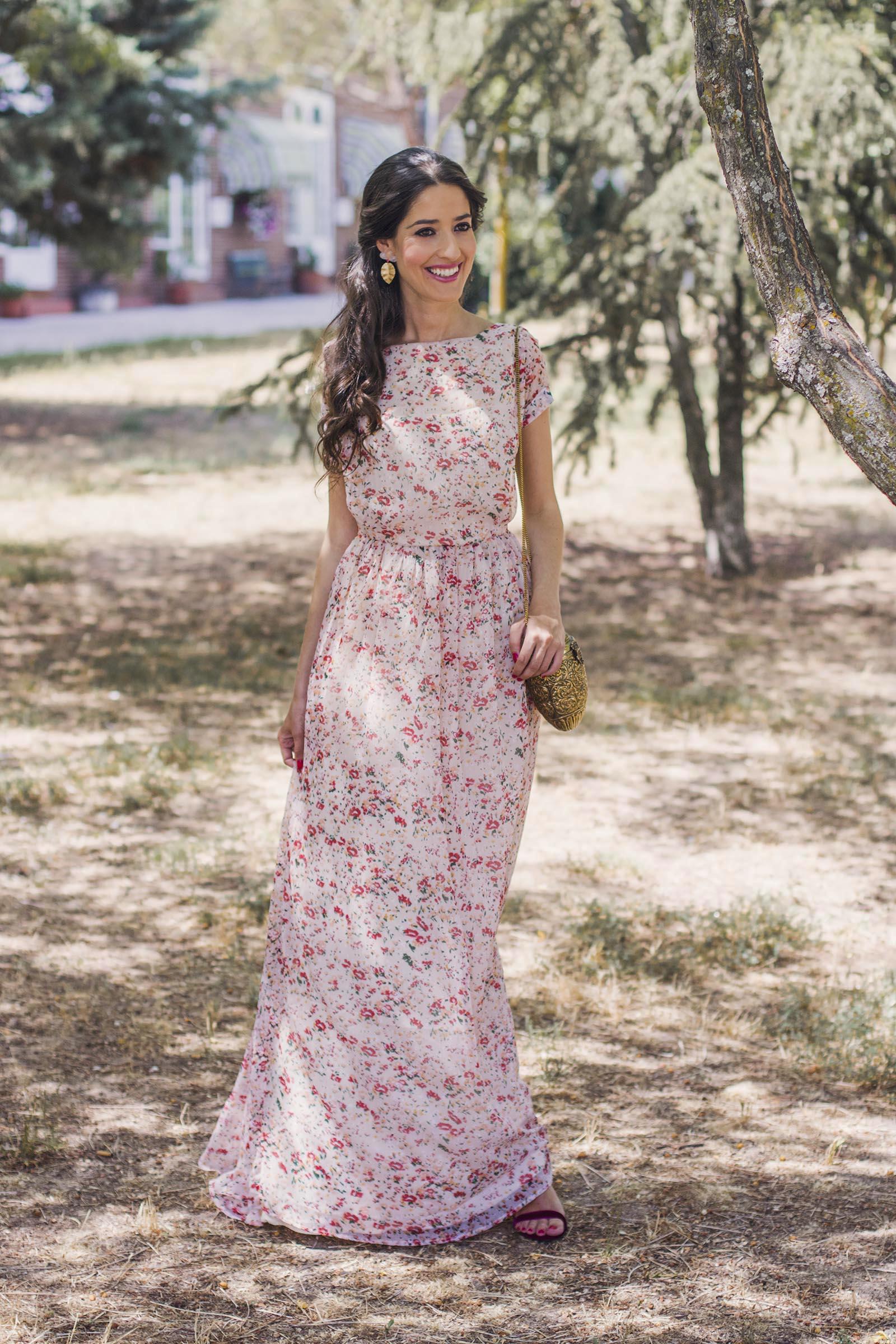 Vestido largo flores boda dia