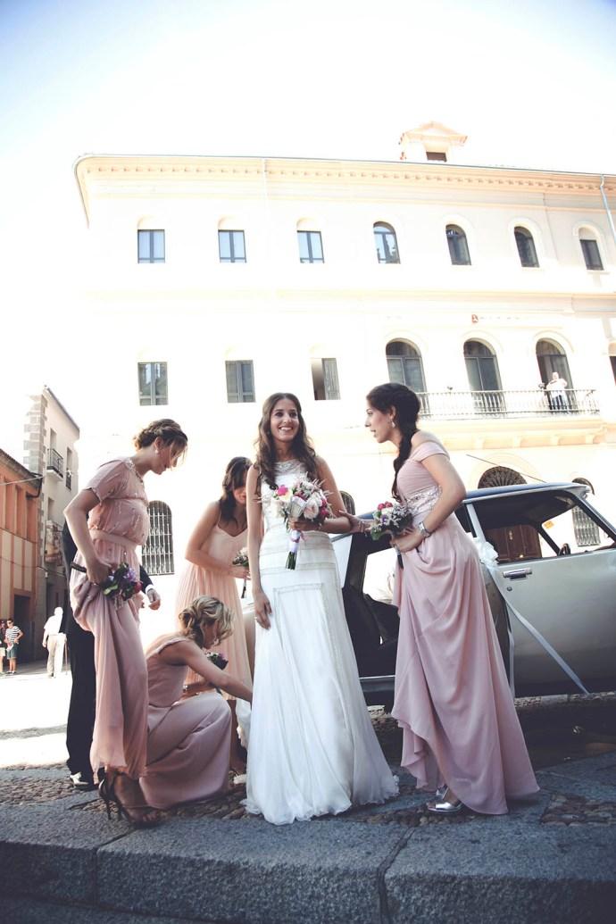 Novia blogger Invitada Perfecta Sandra Majada Rosa Clará boda