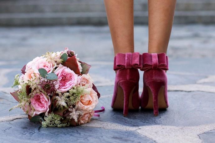 Zapatos personalizados rosas lazo novia