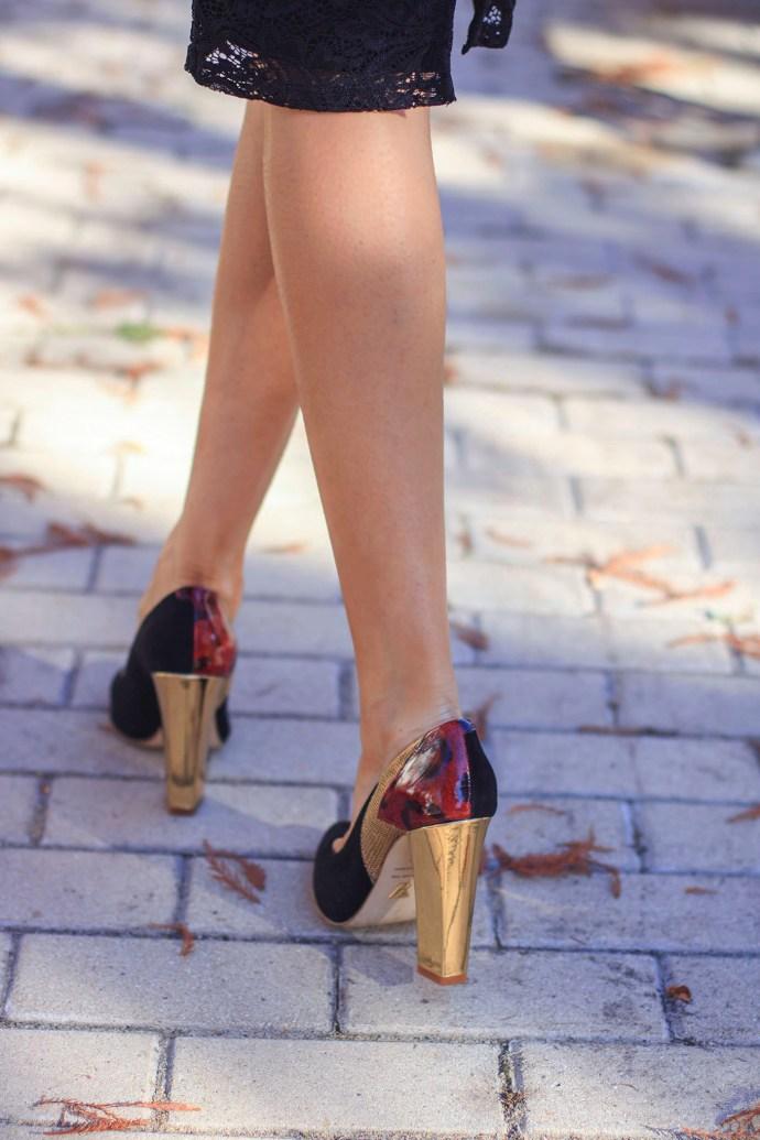 Complementos invitada boda zapatos pompon personalizados novias