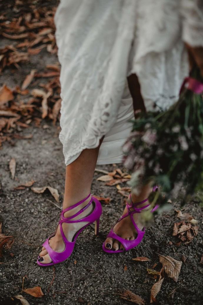 zapatos morados novia sandalias invitada salo madrid