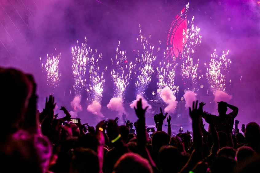 purple fireworks effect
