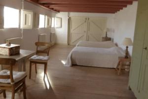 dijken twin room