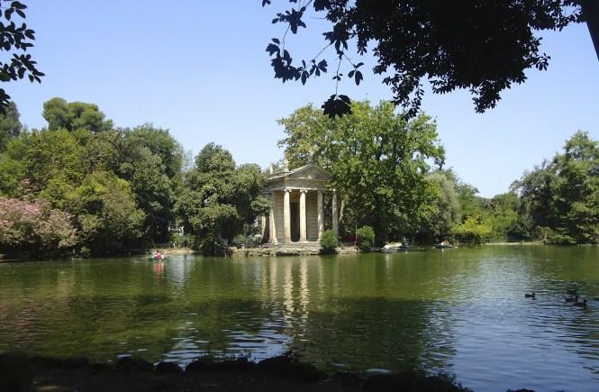 il parco di villa borghese a roma