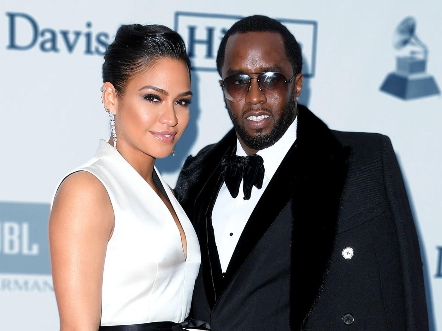 Cassie dating Wiz Khalifa
