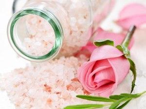 Scrub pentru pielea uscată cu sare epsom
