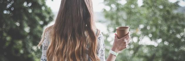 Cele mai importante 10 beneficii ale cafelei pentru sănătatea părului