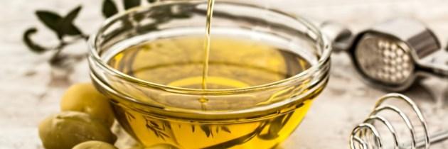 Scapă de problema căderii părului cu ulei de măsline și alte ingrediente naturale