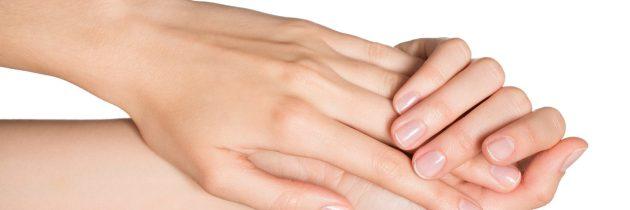 Remedii pentru mâinile uscate în perioada rece