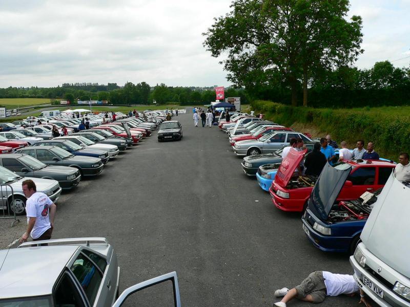 150 véhicules... le samedi