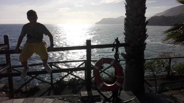 Lorenzo e il tramonto di Manarola