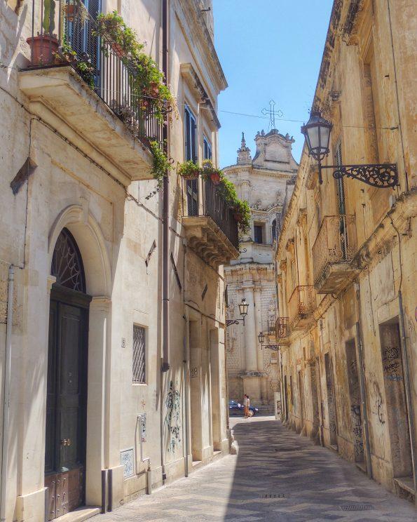 Per Le vie Di Lecce